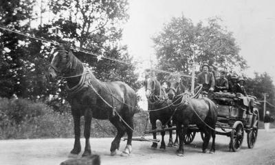 Gordonton - A W Chapman and horse team