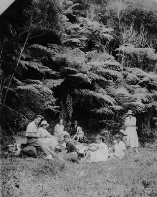 Douglas family picnic in the bush