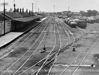 Frankton Railway Station and station yard