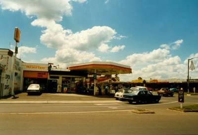 Five Cross Roads Shell service station