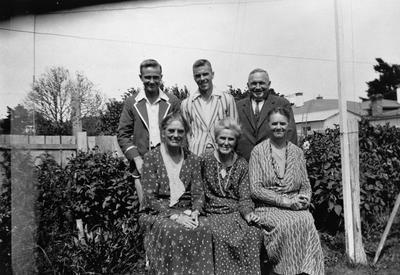 Hamilton and Graham families