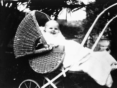Barbara Graham aged 8 months
