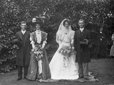 Wedding picture C.J. & O. MacDiarmid