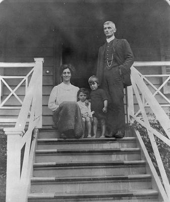 A.C. and Ruby MacDiarmid with children