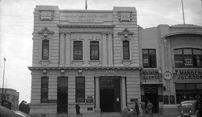 Bank of New South Wales in Victoria Street