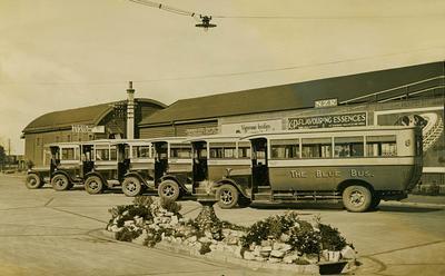 Blue Bus fleet at Frankton Station c. 1925