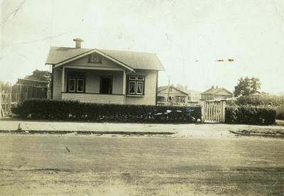 House at number 15 Cook Street c. 1920