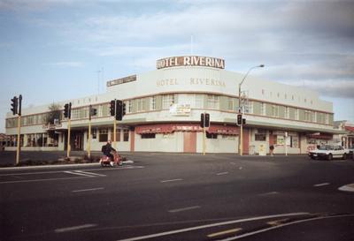The Riverina Hotel