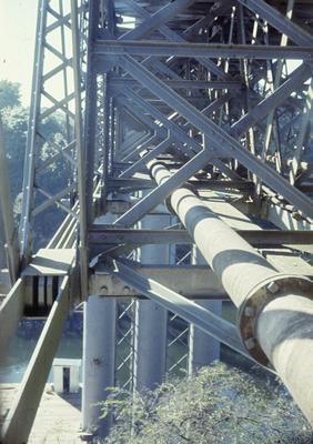 Superstructure of the original Hamilton railway bridge