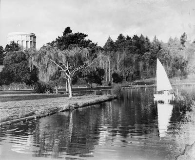 Sailing on Lake Rotoroa