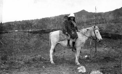 Maude and Murray Arthur at Karamu