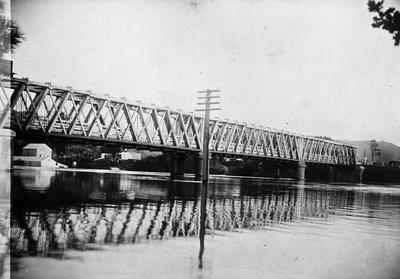 Waikato Railway Bridge and flour mill at Ngaruawahia