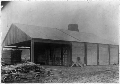 Manunui - storage shed and destructor