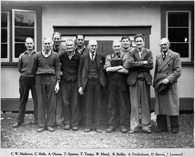 Staff of Ellis Veneer Co. Ltd, Manunui 1947