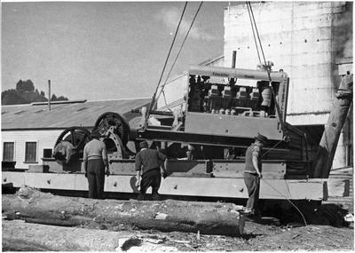 A diesel Caterpillar vehicle at Ellis & Burnand Ltd's Manunui sawmill