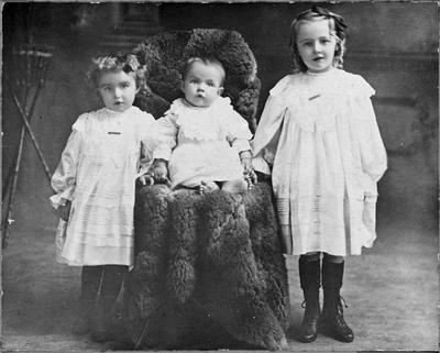 Lowe family children