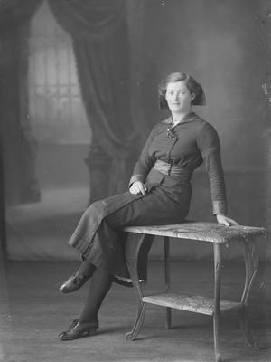 Full length portrait of woman