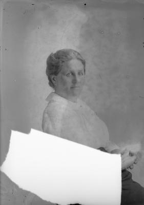 Portrait of a woman - Pointon