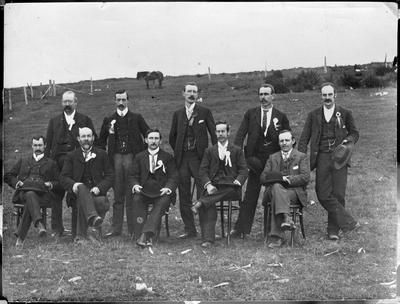 Hamilton Poultry Club committee & judges