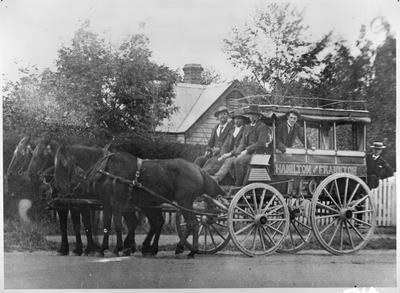 Hamilton and Frankton Omnibus 'Leona'
