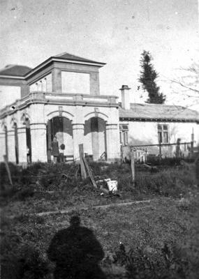 Clark residence on Hinemoa (Tristram) Street