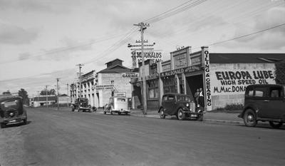 Motor businesses on Bryce Street