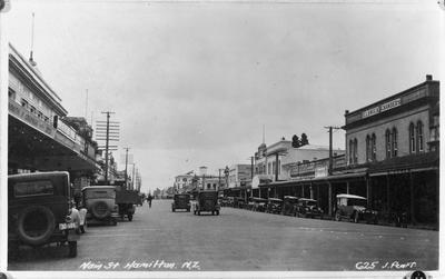 """""""Main Street Hamilton, N.Z."""""""