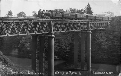 Hamilton's  first Railway Bridge c. 1920