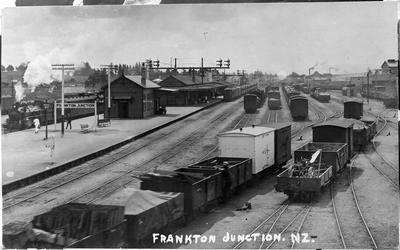 Frankton Junction railway station