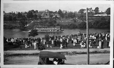 PS  Manuwai on Waikato River at Hamilton