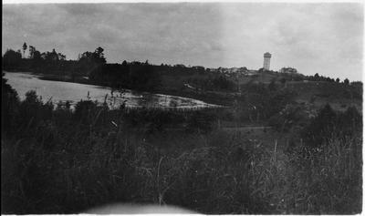 View of Hamilton Lake (Lake Rotoroa) and the Frankton water tower
