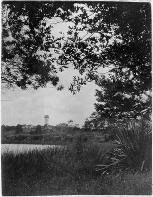 View across Hamilton Lake (Lake Rotoroa) to the Frankton water tower