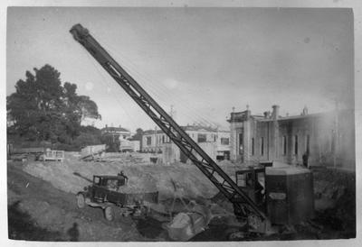 Excavating Post Office site in Victoria Street