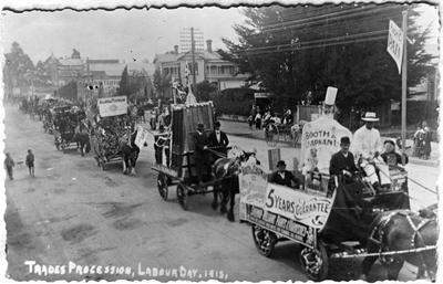 Trades procession, Labour Day 1913