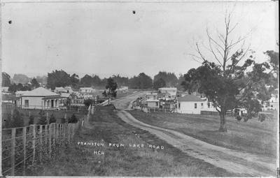 A view along Lake Road into Frankton village