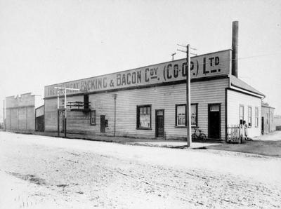 """""""The N.Z. Meat Packing & Bacon Coy. (Co-op.) Ltd."""""""