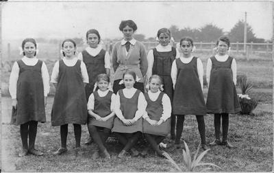 Frankton School's girls drill squad