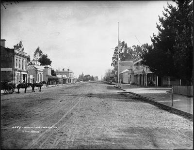 Victoria Street from Hood Street looking north