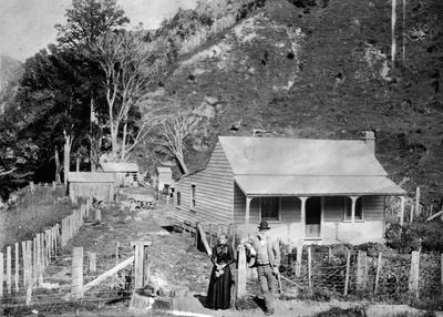 Early Settlers cottage'