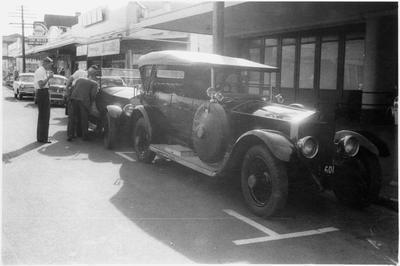 Rolls-Royce cars on Hood Street