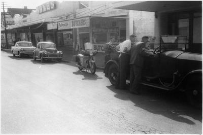 Rolls-Royce on Hood Street