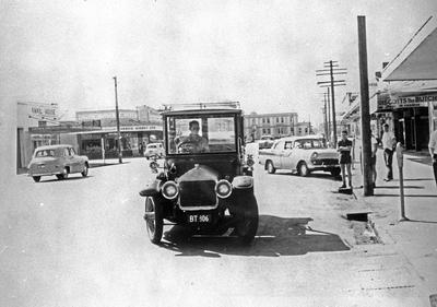 Vintage car on Hood Street