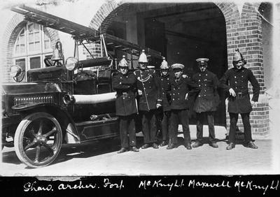 Six firemen and engine out front of Hamilton Fire Station on Anglesea Street