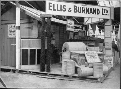 Ellis & Burnand - Waikato Winter show display - garage and plywood