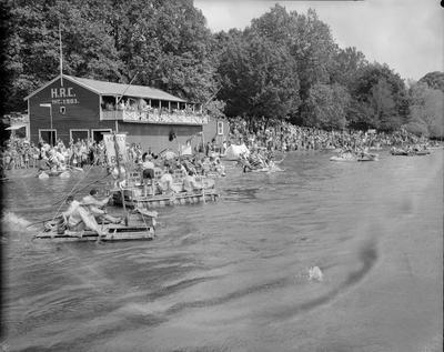 Raft race at Hamilton Rowing Club