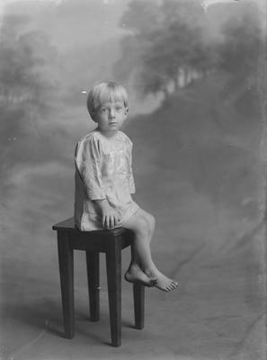 Small boy - Phillips