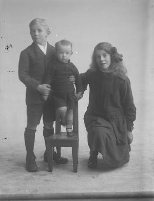 portrait of 3 children Guy