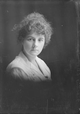 Portrait of woman - Gibbons