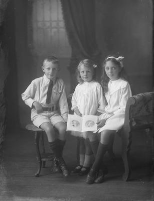 Three children, Richards