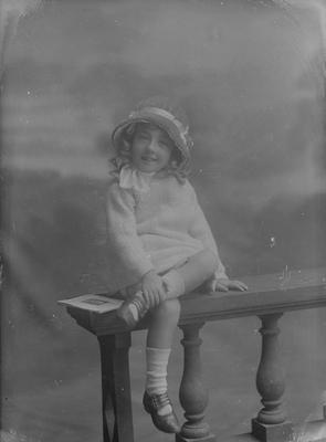 Small girl - Radley
